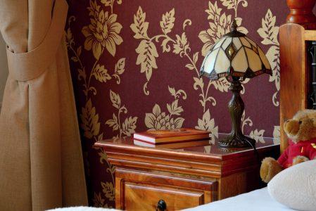 Ložnice v koloniálním stylu