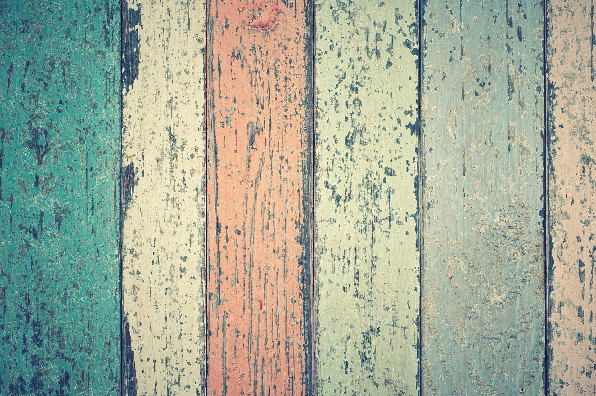Světlá nebo tmavá podlaha – jaká působí čistěji?